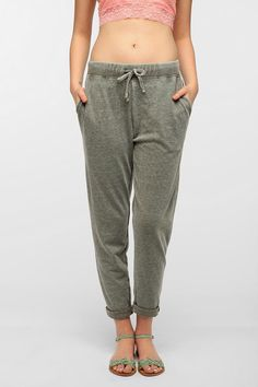 #UrbanOutfitters          #Women #Bottoms           #constructio #bdg #high-rise #tapered #measurements #cozy #comfy #lounge #relaxed #banded #blend #exclusive #waist #bearing #cotton #pant #complete #model #soft #super #side #high   BDG Tapered High-Rise Lounge Pant                   Overview:* Super comfy lounge pant in a soft cotton blend from BDG* Complete with a banded waist bearing drawstring closure* Cozy construction* 2 side pockets* Tapered legs* Relaxed fit* High rise* UO Exclusive…