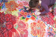 A young Okinawan bingata artist takes on the challenge of traditional crafts: Arakaki Yuka - Okinawa CLIP