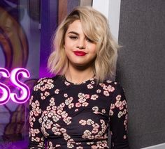 at Kiss FM studios in London [December 4]  en estudios Kiss FM en Londres [Diciembre 4]