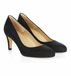 Elegant and classic, the Elizabeth court is the kind of shoe every woman should own. Anniversary Outfit, Hobbs, Peeps, Kitten Heels, Peep Toe, Shoe, Elegant, Outfits, Fashion