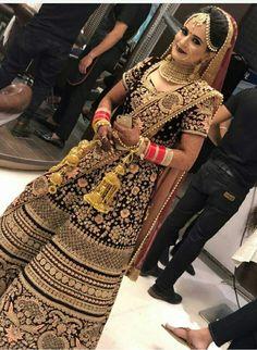 Pinterest: @cutipieanu Lehenga Wedding, Designer Bridal Lehenga, Indian Bridal Lehenga, Bridal Lehenga Choli, Indian Bridal Outfits, Indian Bridal Fashion, Indian Bridal Wear, Bridal Dresses, Bridal Lehngas