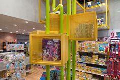 MP Brinquedos - Estúdio Jacarandá Shop Lego, Industrial Loft, Scenery, Interior Design, Toys, Nest Design, Activity Toys, Industrial Loft Apartment, Landscape