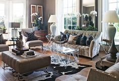Buddha behind the sofa: Family-Friendly English Country House - Traditional Home
