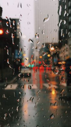 ideas for sad art rain rainy days Rainy Wallpaper, Wallpaper Backgrounds, Amazing Wallpaper Iphone, Waves Wallpaper, Rain Pictures, Cool Pictures, Rain Photography, Photography Lighting, Photography Backdrops