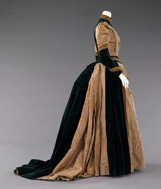 Another view: Afternoon dress 1885