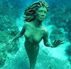 underwater mermaid sculpture