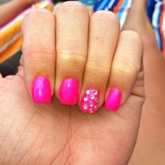 Barbie nails (: