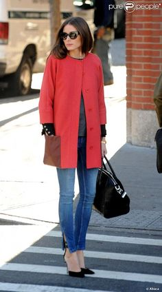 PHOTOS - Olivia Palermo, ultra stylée à SoHo, porte un manteau Tibi, des…