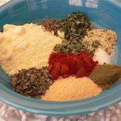 Utilisez ce mélange maison d'herbes et d'épices pour donner du goût à vos salades de pâtes et vos salades vertes.