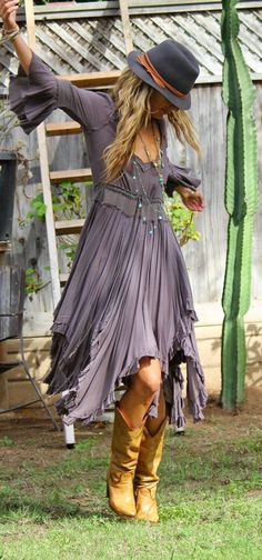 ☮ #BohoChic #BohemianStyle #Hippie #Dress #TitaniaCloset ☮