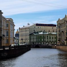 This is the Moika River, close to the Hermitage Museum. This place looks gorgeous and pretty much the same at different times of the year. Photo by Maria Fedorova. Hermitage Museum, Time Of The Year, Looking Gorgeous, Rivers, Sailing, Tours, Mansions, House Styles, Places