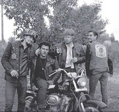 Members of the Windsor, Ontario chapter of the Satan's Choice MC along with a member of the Detroit chapter of the Outlaws MC, with whom… Biker Clubs, Motorcycle Clubs, Outlaws Motorcycle Club, Vintage Biker, Hells Angels, Vintage Heart, Stuff And Thangs, Biker Style, Vintage Motorcycles