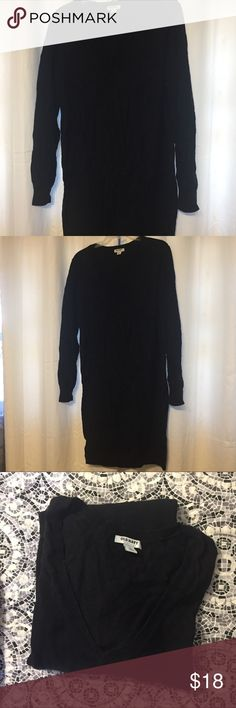 Black Sweater dress Old navy black sweater dress!  Great condition!   Perfect if you wear with some leggings underneath and a warm scarf in winter!  Long enough to wear by itself too without leggings if you wanted!  Matches everything!  Make me an offer! Old Navy Dresses Long Sleeve