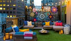 Summer in the city: W Hotel New York answer the prayers of tent-loving urbanites with glamping suite. W Hotel New York Glamping Suite W Hotel, Hotel New York, Rooftop Terrace Design, Balcony Design, Rooftop Decor, Rooftop Party, Tiny Balcony, Rooftop Garden, Garden Design