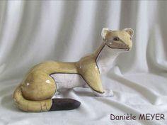 escultura de animales raku comadreja originales hechos a mano única Danièle Meyer