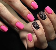 Beautiful patterns on nails, Black and pink nails, Classic short nails, Delicate nails, Nails with black pattern, Pattern nails, Royal nails, Square nails