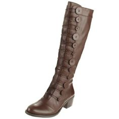 Vince Camuto Women's Beaus Boot brown $210 fun buttons