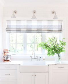all-white kitchen with gray and white gingham roman shade // 12 Modern Ways to Decorate With Gingham Candy Wallpaper, White Kitchen Curtains, Kitchen Windows, Kitchen Roman Blinds, Kitchen Blinds Above Sink, Roman Shades Kitchen, Kitchen Window Blinds, Room Window, Kitchen Taps