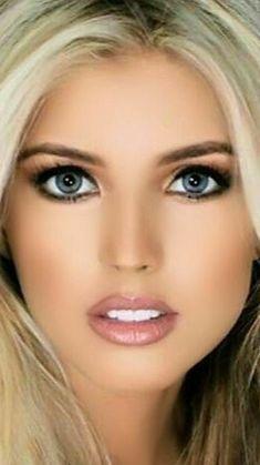 22 super Ideas for glasses women hot beauty Most Beautiful Eyes, Gorgeous Eyes, Pretty Eyes, Gorgeous Women, Beauté Blonde, Blonde Beauty, Girl Face, Woman Face, Portrait Photos