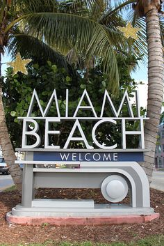 MIAMI BEACH, FLORIDA, EE.UU. FOTO por RYANISLAND ||| Miami Beach Welcome sign , South Beach Miami, Florida