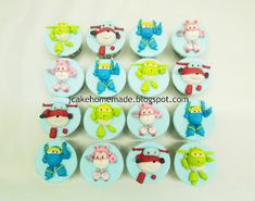 Happy birthday to Shiang Happy birthday to Shuan Thanks Vicky ,order from Pahang Raub。 Hand mould South . December 11, The 5th Of November, July 4th, Abc Kids Tv, Cartoon Birthday Cake, Postman Pat, Happy 5th Birthday, Candy House, Food Gallery