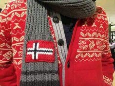 Scarf with national flag Norwegian Flag, Norwegian Christmas, Norwegian Knitting Designs, Norway In A Nutshell, Norway Viking, Norwegian Rosemaling, My Heritage, Europe, Old And New