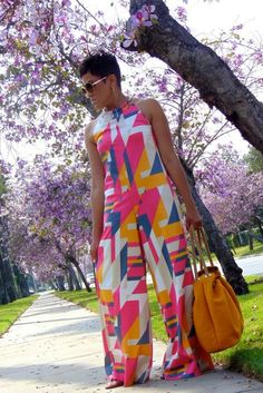 My Daily Threadz: Spring is a Bloom with Halter Jumpsuit! African Attire, African Wear, African Dress, African Print Fashion, African Fashion Dresses, Fashion Prints, Look Fashion, Girl Fashion, Moda Afro