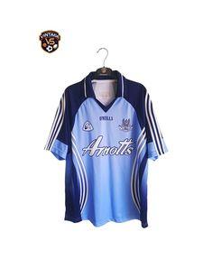 Dublin ATH Cliath GAA Gaelic 2004-2006 Home Jersey Shirt O'Neills Football Kits, Jersey Shirt, Adidas Jacket, Athletic, Dublin, Sports, Jackets, Tops, Fashion