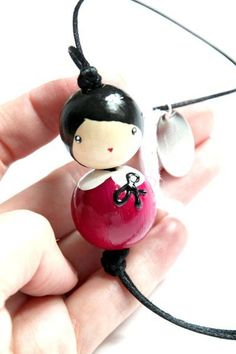 From wood beads, necklace Kokeshi Doll Crafts, Bead Crafts, Diy And Crafts, Crafts For Kids, Arts And Crafts, Peg Doll, Wooden Keychain, Clothespin Dolls, Kids Wood