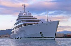 The 590 ft Azzam is said to have around 50 luxurious suites each having its own personal charm as well as a saloon which is almost 95 feet in measure @luerssenyachts  The estimated cost of the yacht is said to be $600 million.  #thailand #phuket #megayacht #superyacht #yachts #yacht #yachtlife #yachtlifestyle #boatshow #luxuryonwater #ootd #bestofinstagram #luxury #yachtparty #bossyachts #billionaire #regram #charter #celebrity #style #luxuryyachting #yachtinglifestyle #follow #yachting…