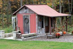 rustic  repurposed garden trellis   PHOTO: BARBARA AND JAMES STANLEY