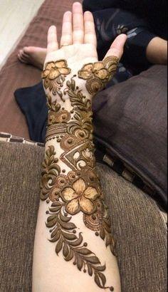 Khafif Mehndi Design, Henna Designs Feet, Henna Tattoo Designs Simple, Modern Mehndi Designs, Wedding Mehndi Designs, Mehndi Designs For Fingers, Latest Mehndi Designs, Arabic Names, Fun Quotes