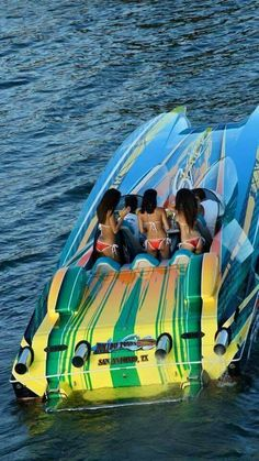 Once in a Lifetime Experience – Yacht Charter Sailing in Greece Fast Boats, Cool Boats, Speed Boats, Jet Ski, Boat Girl, Offshore Boats, Float Your Boat, Yacht Interior, Boat Stuff