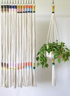 Our Slim Color-Block plant hanger is perfect to add a modern touch to any room in your home, office or creative space. This plant hanger seamless design can accommodate plant holders measuring anywhere from a 4 to 9 in diameter. Materials: Recycled Co Christmas Time Is Here, Macrame Projects, Hanging Plants, Indoor Plants, Hanging Plant Diy, Macrame Plant Hanger Diy, Diy Macrame, Indoor Plant Hangers, Rope Plant Hanger