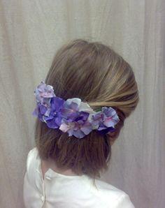 :: N. Navascués :: Hair Styles, Fashion, Freckles, Fascinators, Little Girl Clothing, Bridal Gowns, Hairdos, Boyfriends, Hair Plait Styles