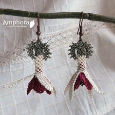 。イーネ・オヤ刺繍針で作る繊細なレース小花モチーフ/ホワイト