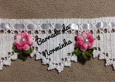 Croche - um Barradinho com Rosinha invertidas ..