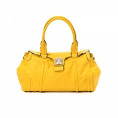 The authenticity of this vintage Céline handbag is guaranteed by LXRandCo. df7425a4bf
