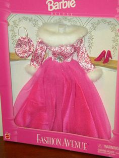 Barbie 1995 Fashion Avenue Deluxe Outfit 14305 Pink Evening Gown   eBay