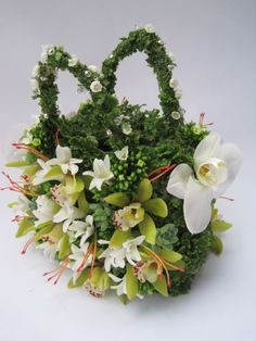 flower purse with orchids, hyacinths, lily of the valley, moss, 1 Françoise Weeks