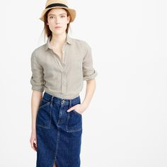 """Our perfect shirt features precisely placed darts for a slimming, waist-defining fit that's a bit more tailored than our boy shirt. We made this one in a mix of cotton and linen that has just the right amount of pattern and texture. <ul><li>Body length: 26 3/4"""".</li><li>Cotton/linen.</li><li>Long roll-up sleeves.</li><li>Machine wash.</li><li>Import.</li></ul>"""