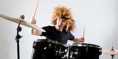 It might soundcontradictory, but getting caught up in heavy metal musicmight actually be good for your head. Listening to heavy metal and 'extreme' – read, very, very loud – music can help purge negative emotions, such as anger and depression, according to a 2015 study.
