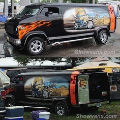 Dave Mann inspired van at the 2015 Van Nationals
