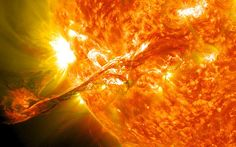Sun expected to 'flip upside down' as magnetic field reverses its polarity - should make the northern lights more prolific