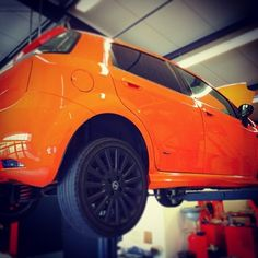 This #FIAT #Punto is getting a new #valve exhaust system....