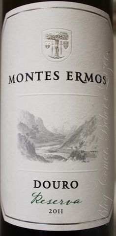 White wine: Montes Ermos Reserva 2011 Douro wine region.