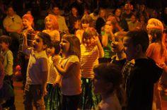 The audience at Big Top Rock: Dream On.  Looks fun! (photo credit: Bob Suh)