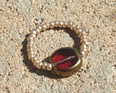 Red Gold Beaded Toe Ring  Stretchy Ring  Summer Jewelry by 2012BellaVida, $5.00 Jewelry Crafts, Handmade Jewelry, Unique Jewelry, Handmade Gifts, Christmas Items, Handmade Christmas, Soleless Sandals, Summer Jewelry, Toe Rings