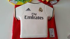 Torta camiseta Real Madrid 2 libras $110.000/COP
