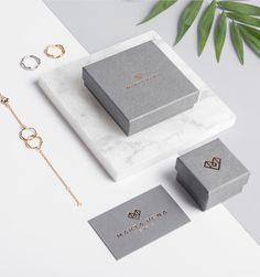 Marta Peña Jewels Identity - Mindsparkle Mag - New Ideas Jewelry Branding, Jewelry Logo, Jewelry Packaging, Box Packaging, Packaging Design, Branding Design, Jewelry Design, Men's Jewelry, Indian Jewelry